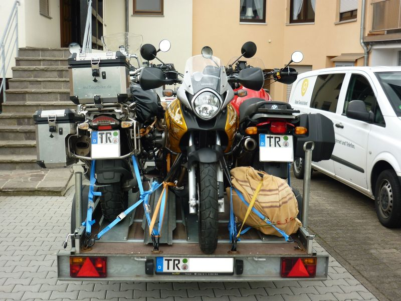 BMW R 1200 GS Adventure + BMW R 1100 GS + Honda XL 700 VA - Transalp